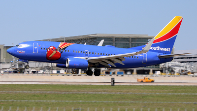 A picture of N409WN - Boeing 7377H4 - Southwest Airlines - © Michael Sender