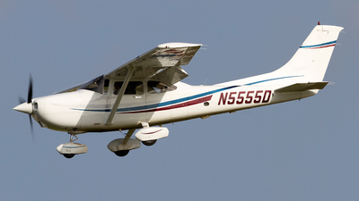 N5555D - Cessna 182S Skylane - Private