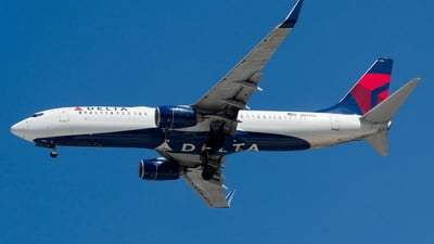 A picture of N3755D - Boeing 737832 - Delta Air Lines - © Devin R