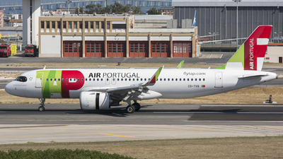A picture of CSTVG - Airbus A320251N - TAP Air Portugal - © Robert Sliwinski - Belmondo