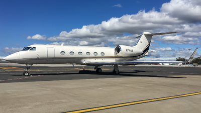 A picture of N718JS - Gulfstream G450 - [4164] - © Alexander Calderon Angulo