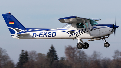 D-EKSD - Cessna 152 - Private