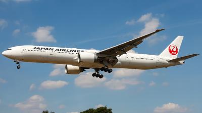 JA741J - Boeing 777-346ER - Japan Airlines (JAL)