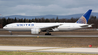 A picture of N78001 - Boeing 777224(ER) - United Airlines - © Rickythre