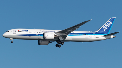 A picture of JA880A - Boeing 7879 Dreamliner - All Nippon Airways - © Yoshio Yamagishi