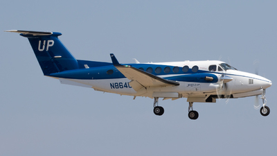 N864UP - Beechcraft B300 King Air 350 - Wheels Up