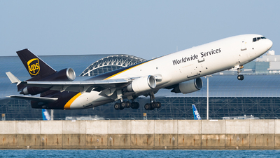 A picture of N260UP - McDonnell Douglas MD11F - UPS - © SAGARA