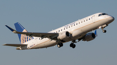 N88325 - Embraer 170-200LR - United Express (Mesa Airlines)