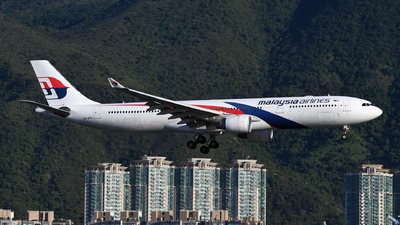 A picture of 9MMTD - Airbus A330323 - Malaysia Airlines - © eyey328