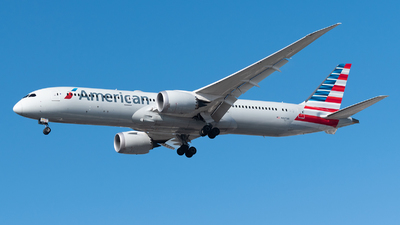 A picture of N827AN - Boeing 7879 Dreamliner - American Airlines - © Renato Oliveira - renatospotter