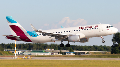 A picture of DAEWQ - Airbus A320214 - Eurowings - © Moritz Babl