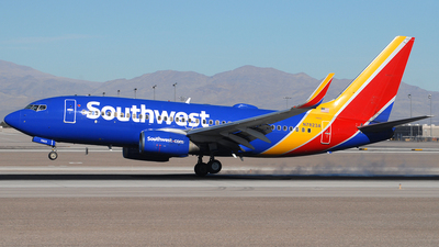 N7823A - Boeing 737-7CT - Southwest Airlines