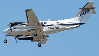 N466MW - Beechcraft 200 Super King Air - Private
