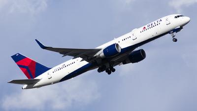 N723TW - Boeing 757-231 - Delta Air Lines