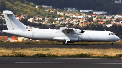 A picture of ECJQL - ATR 72500(F) - CanaryFly - © calco7