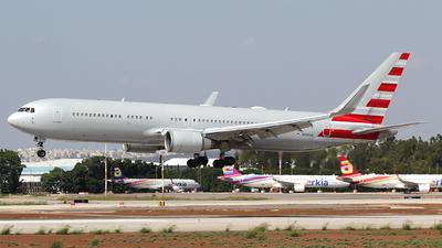 N395AN - Boeing 767-323(ER) - Cargo Aircraft Management