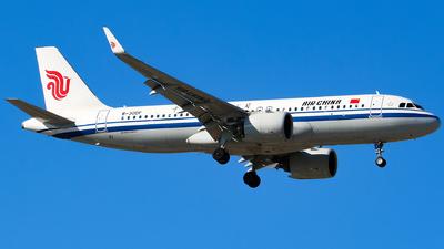 B-30DF - Airbus A320-271N - Air China