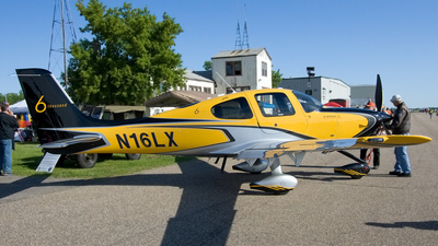 N16LX - Cirrus SR22T - Cirrus Design Corporation