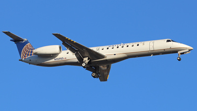 A picture of N15983 - Embraer ERJ145LR - United Airlines - © Scotty Antico