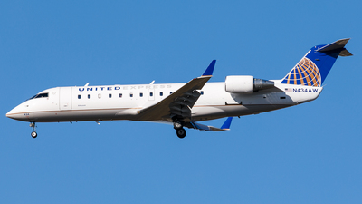 N434AW - Bombardier CRJ-200LR - United Express (Air Wisconsin)