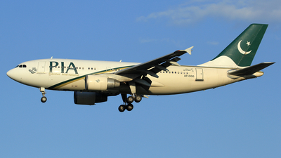 AP-BGO - Airbus A310-324 - Pakistan International Airlines (PIA)