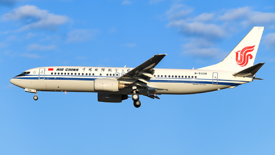 B-5328 - Boeing 737-86N - Air China
