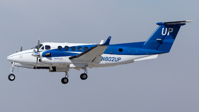 N802UP - Beechcraft B300 King Air 350i - Wheels Up