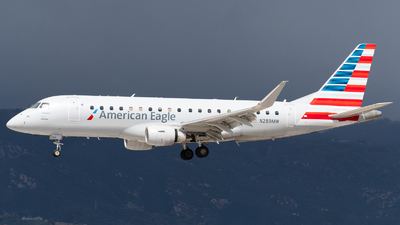 A picture of N289MW - Embraer E175LR - American Airlines - © Beck Ramsey