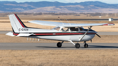A picture of CGXUV - Cessna 172N Skyhawk - [17269861] - © Mike MacKinnon