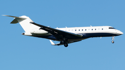 N933ML - Bombardier BD-700-1A11 Global 5000 - Private