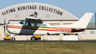 N2122S - Cessna 210L Centurion II - Private