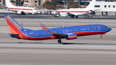 N8610A - Boeing 737-8H4 - Southwest Airlines