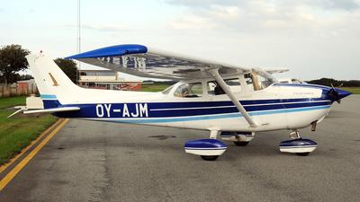 OY-AJM - Reims-Cessna F172N Skyhawk II - Private