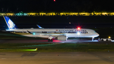 A picture of 9VSMB - Airbus A350941 - Singapore Airlines - © Sua Ding Zhe