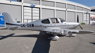 OK-OAM - Cirrus SR22-GTS - Private