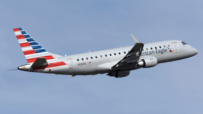 A picture of N120HQ - Embraer E175LR - American Airlines - © DJ Reed - OPShots Photo Team