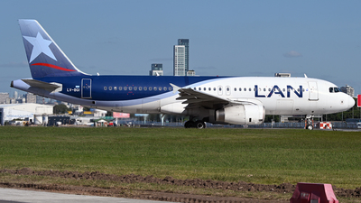 A picture of LVBGI - Airbus A320233 - LATAM Airlines - © PAUL LINK