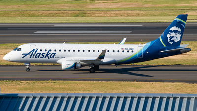 A picture of N648QX - Embraer E175LR - Alaska Airlines - © Ricardo Mungarro - MAS Aviation Press