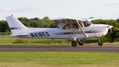 N418ES - Cessna 172R Skyhawk - Private