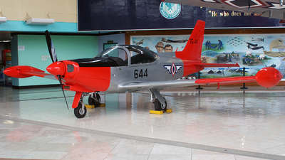15-44 - SIAI-Marchetti SF260 - Philippines - Air Force