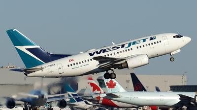 A picture of CGWCT - Boeing 7376CT - WestJet - © Tianyi Liu