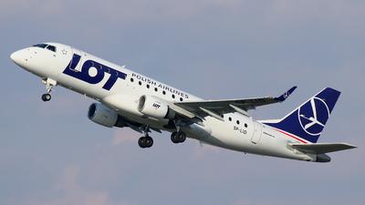 A picture of SPLID - Embraer E175STD - LOT - © wroblik75