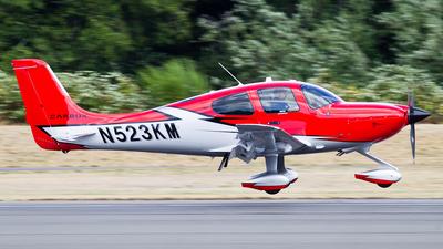 N523KM - Cirrus SR22T-GTS Carbon - Private