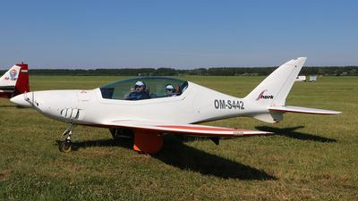 OM-S442 - Shark Aero Shark - Private