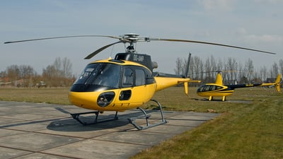 OO-AMP - Eurocopter AS 350B3 Ecureuil - Private