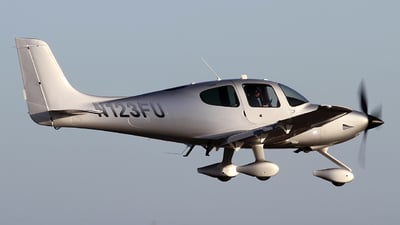 N123FU - Cirrus SR22T - Private