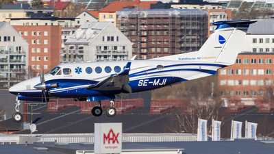SE-MJI - Beechcraft B200GT Super King Air - Babcock Scandinavian AirAmbulance