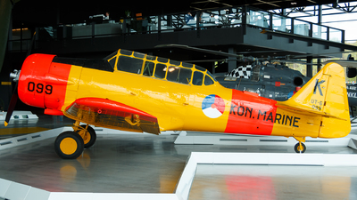 099 - North American AT-16ND Harvard IIB - Netherlands - Navy