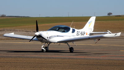 EC-NAP - Czech Aircraft Works Pipersport - Flybyschool