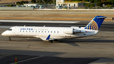 N868AS - Bombardier CRJ-200LR - United Express (SkyWest Airlines)